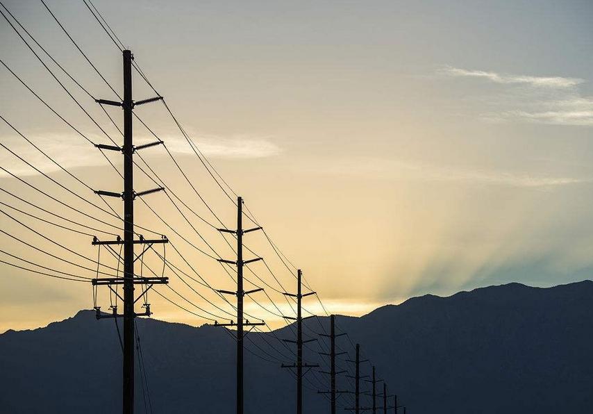 ***电网100公里线路施工